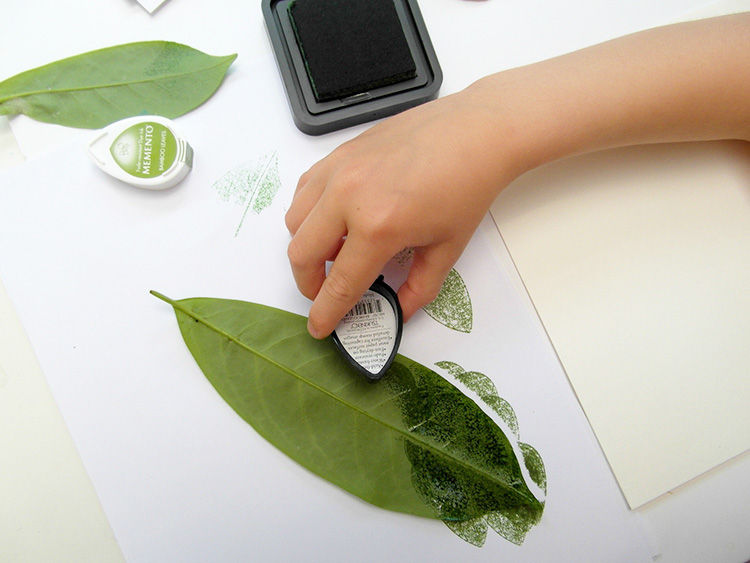 Adding ink to a leaf