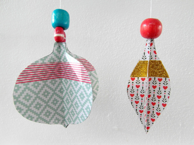 Christmas bauble paper shapes