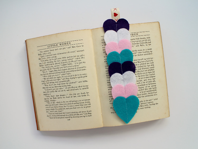 Felt heart bookmark as a homemade Valentine's day gift
