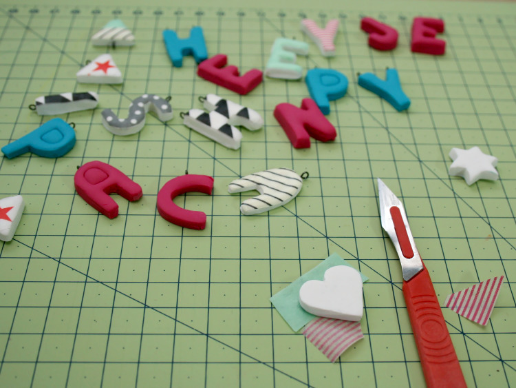 Decorating the letters with washi tape